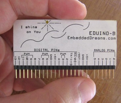 EDuino-B in a hand